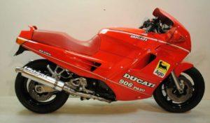 Ducati 906 Paso - dieci moto più brutte della storia